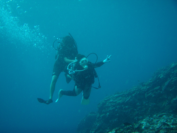 体験ダイビングは、手厚いサポートをしてくれるショップにお願いしましょう